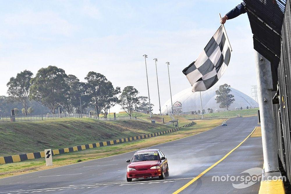 De Pasquale wins on racing return
