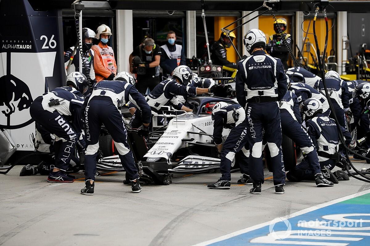 F1: Kvyat troca câmbio e perde 5 posições no grid da Grã-Bretanha
