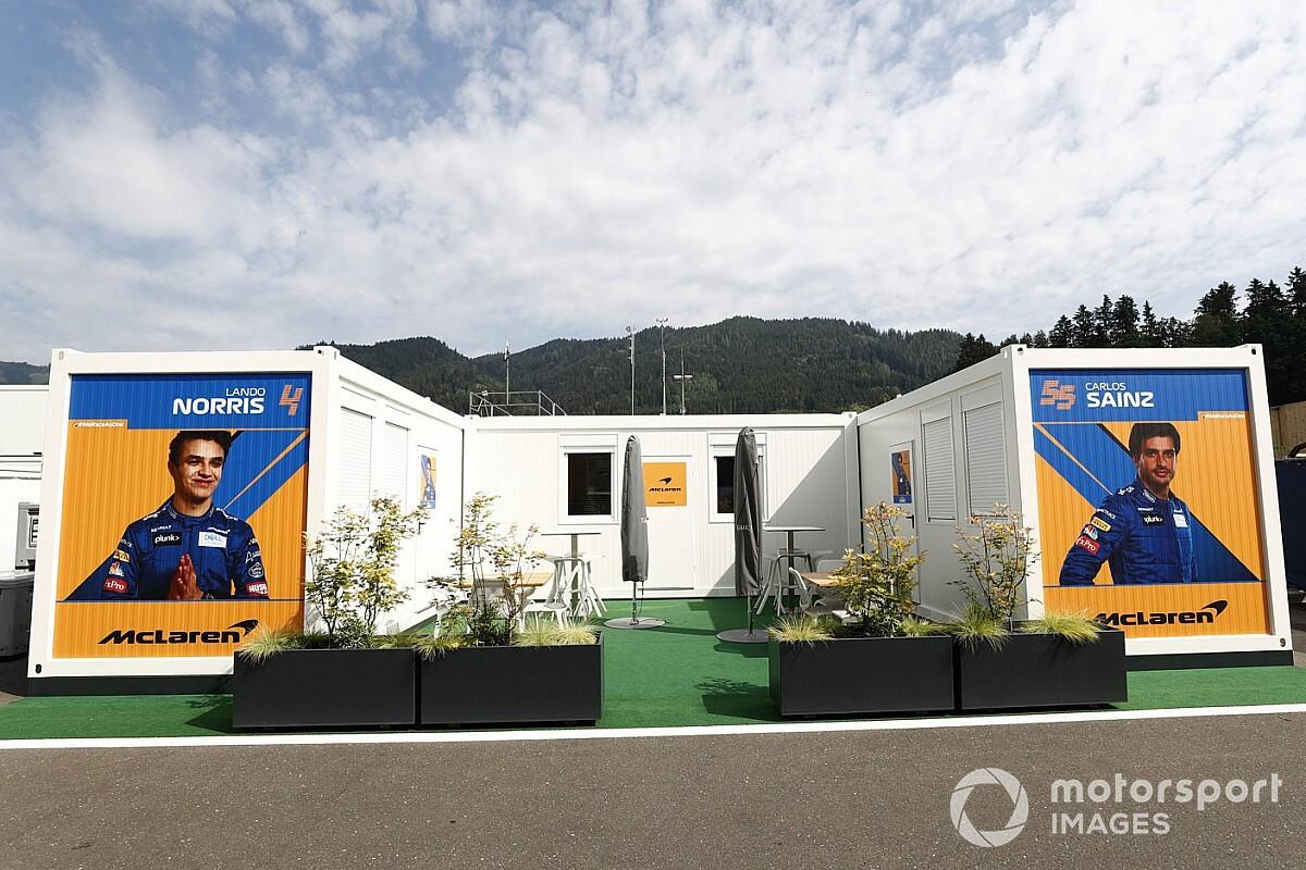 Így kelt útra a McLaren az első F1-es nagydíjra: videó a pillanatokról