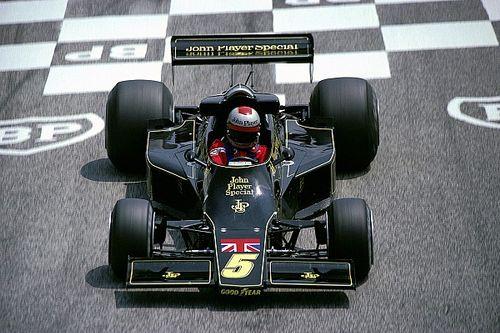 Mario Andretti is rajthoz áll a virtuális Indianapolisban, Alonso visszatér