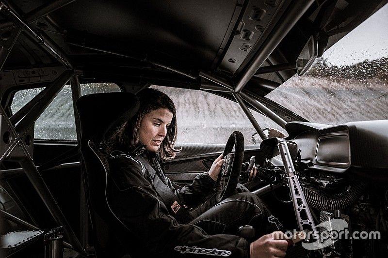 "Laia Sanz: ""Ojalá me llegue la oportunidad de pasar a coches"""