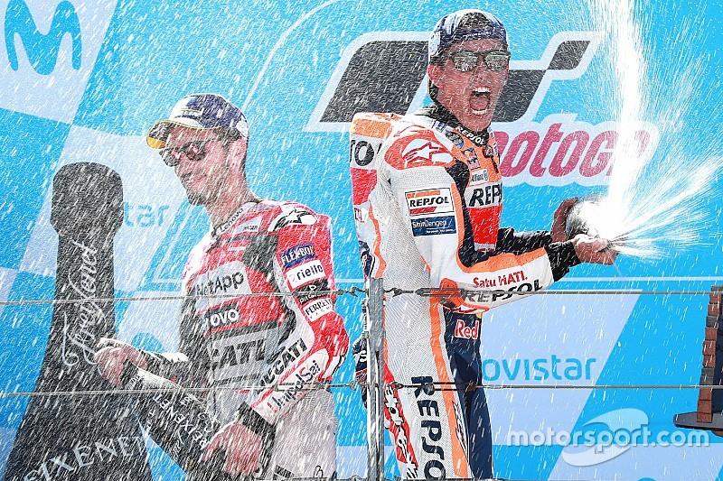 Marquez boekt vierde Aragon-zege na schitterend duel met Dovizioso