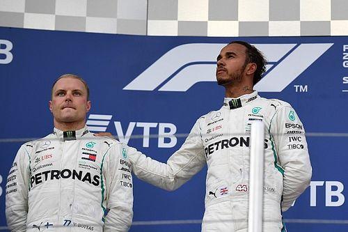 """Hamilton: """"La Mercedes ha preso una decisione coraggiosa, perché sapeva che sarebbe stata criticata"""""""