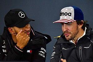 Alonso se alegra de que Hamilton alcance a Fangio