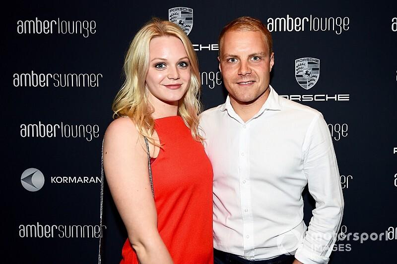 Bottas annuncia il divorzio dalla moglie Emilia