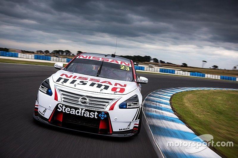 Nissan still undecided on V8 programme