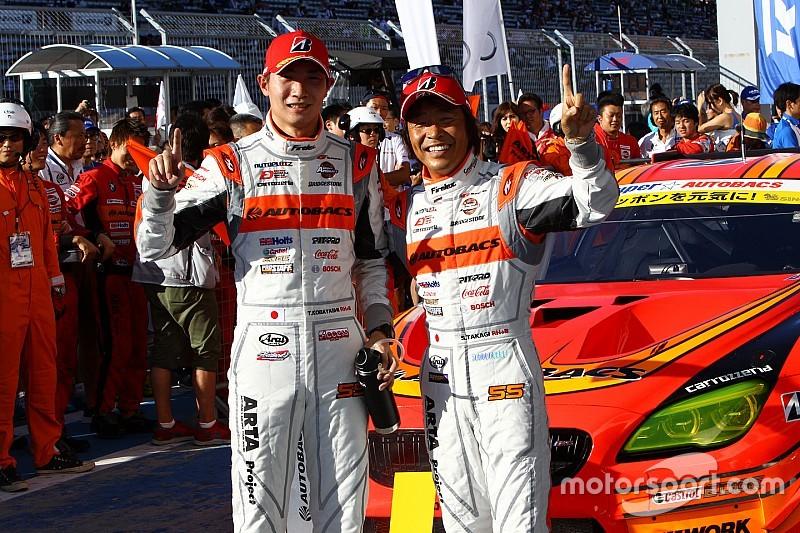 スーパーGT第5戦富士決勝(GT300):55号車ARTAが僅か0.1秒差で21号車を抑え優勝