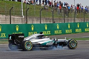 """Hamilton looks for positives after """"horrifying"""" race in China"""