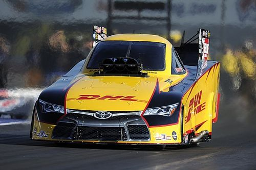 Kalitta, Worsham, Anderson, Krawiec race to qualifying leads at NHRA Nationals