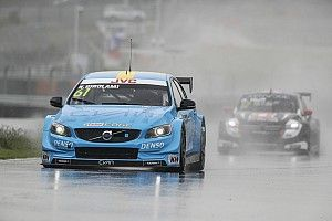 China WTCC: Girolami beats Michelisz for maiden pole