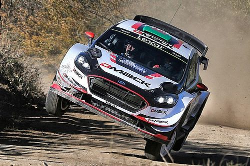 Argentina WRC: Evans stays ahead despite tyre woes