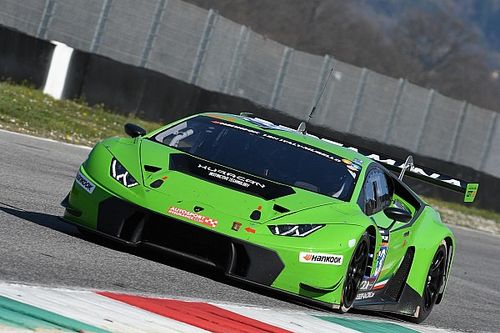 Lamborghini World Final: Pavlovic secures pole for Asia finale