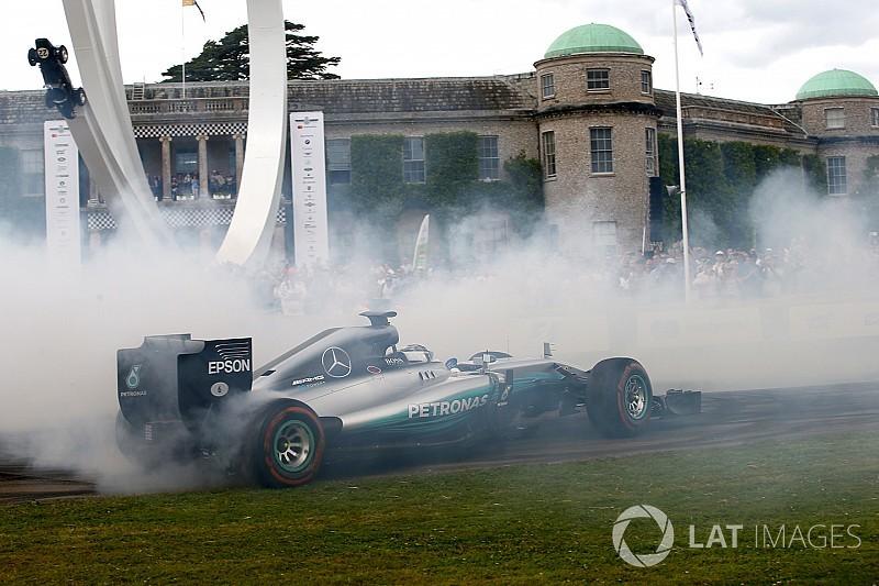 Видео: Боттас стер до каркаса шины на Mercedes 2014 года