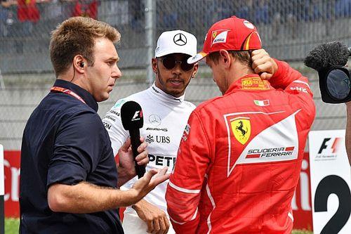 Hamilton ignora pedido e entrevistador fica em saia justa