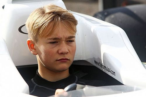 Após perder as pernas, Monger ainda sonha em chegar à F1