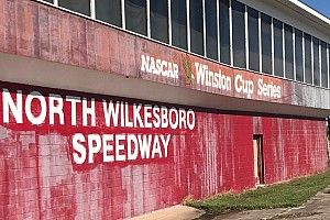 McMurray takes a ride back in time at North Wilkesboro Speedway