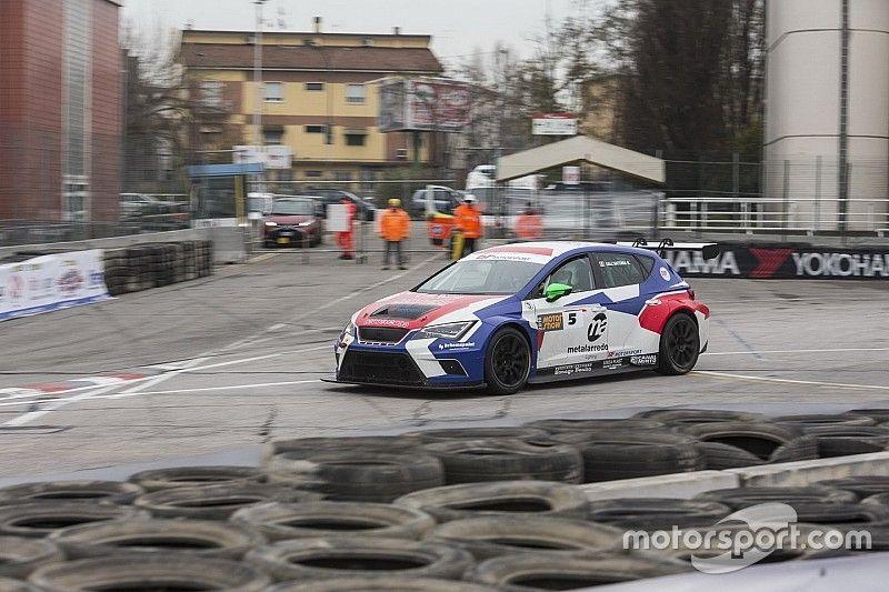"""Motor Show, Trofeo Italia Turismo: Dall'Antonia beffa Arduini per 0""""03"""