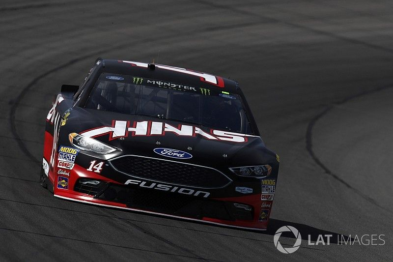 Bowyer gets bitten by late-race cautions at Michigan