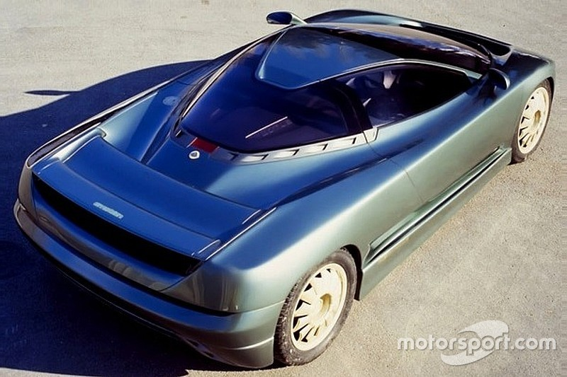Lotus Emotion (1991) - Un concept avec des gènes de Bugatti