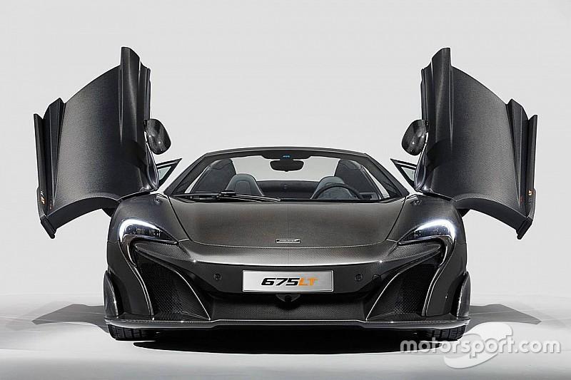 Une McLaren 675LT totalement en carbone