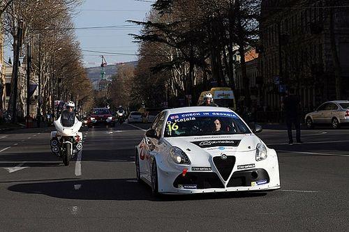 I protagonisti della TCR sfilano per il centro di Tbilisi
