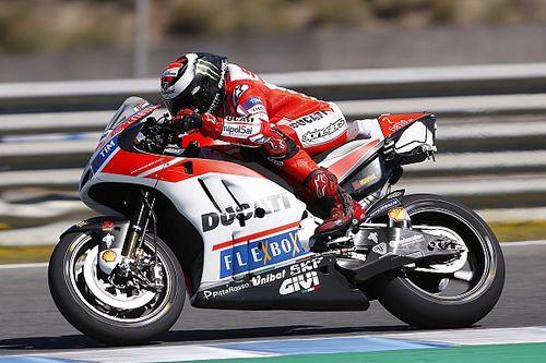 Ducati schuift agressieve kuip aan de kant