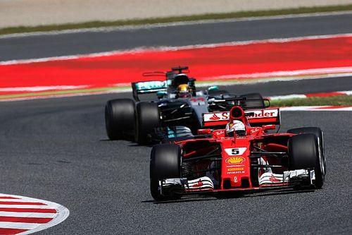 "Vettel raakte voorsprong twee keer kwijt: ""Geen idee hoe dat gebeurde"""
