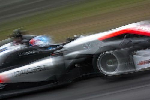 Хьюз выиграл вторую гонку Ф3 на «Нюрбургринге»