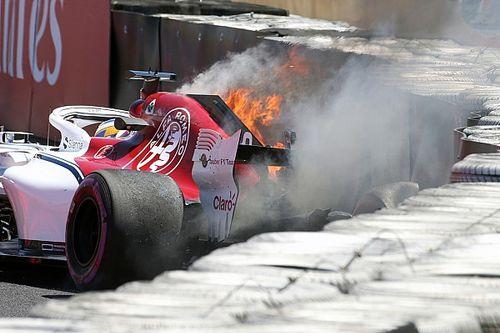 エリクソン、FP1でのクラッシュ&火災で、FP2を欠場