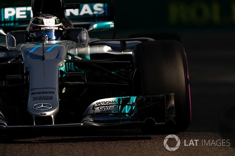 Bottas in pole ad Abu Dhabi: la Ferrari è staccata di mezzo secondo!