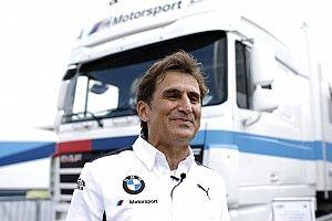 Zanardinak üzen Ausztriában az autóján a Ferrari