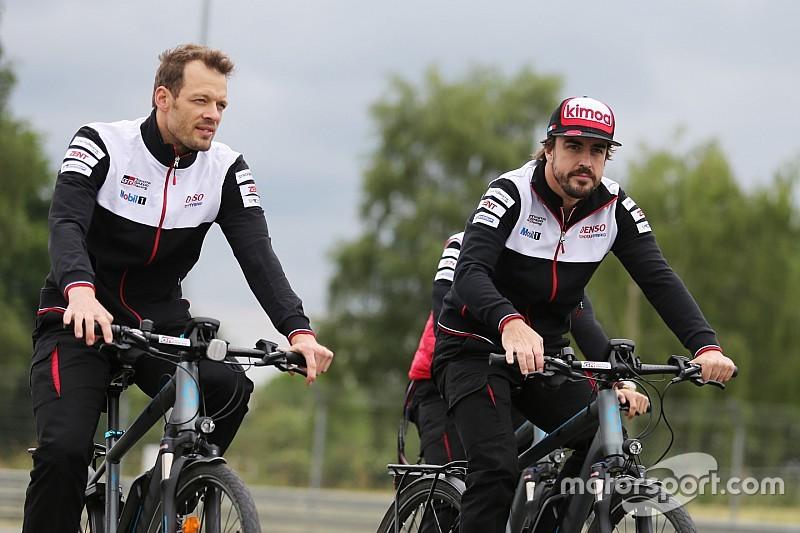 """Au Mans, Alonso impressionne par sa """"maîtrise du sujet"""""""