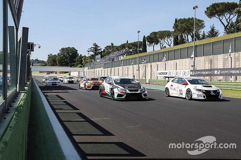 Tre doppiette nel Gruppo Peroni Race Weekend di Vallelunga