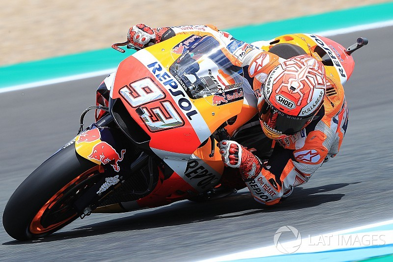Jerez MotoGP: Marquez tops FP3, Dovizioso and Vinales to Q1