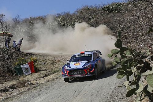 Mexico WRC: Loeb cuts Sordo's lead on afternoon loop