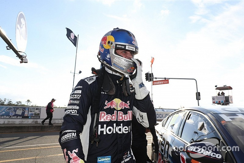 Ipswich Supercars: Van Gisbergen leads frantic second practice