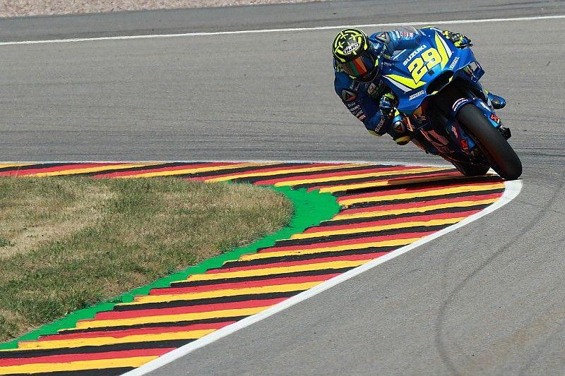 MotoGP Sachsenring: 3. antrenmanda Iannone lider, Dovizioso Q1'e katılacak