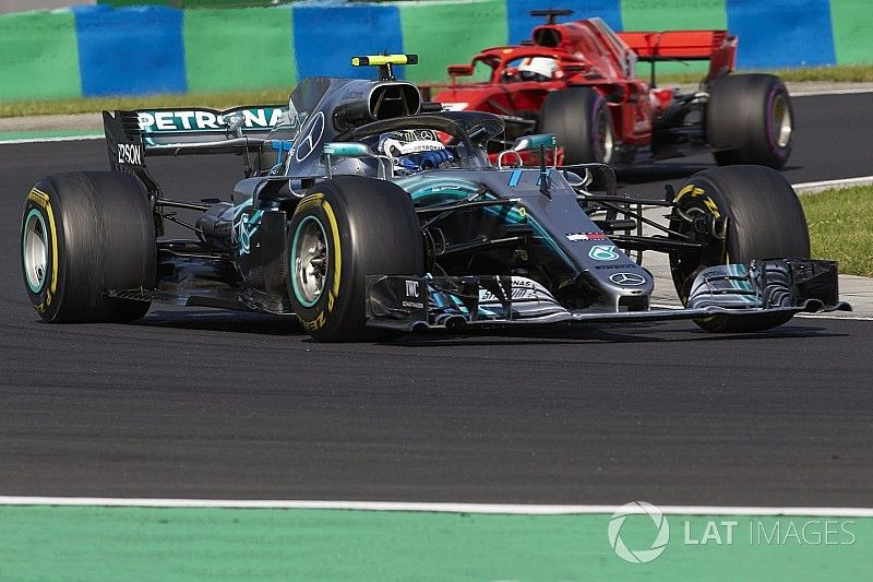 "Mercedes admite que ""pidieron"" mucho a un ""valiente"" Bottas"