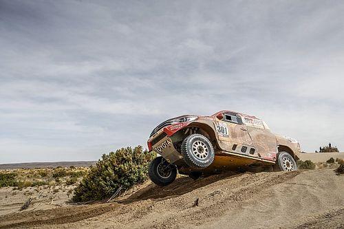 """Toyota le responde a Peugeot: """"Encontraron un agujero en el reglamento"""""""