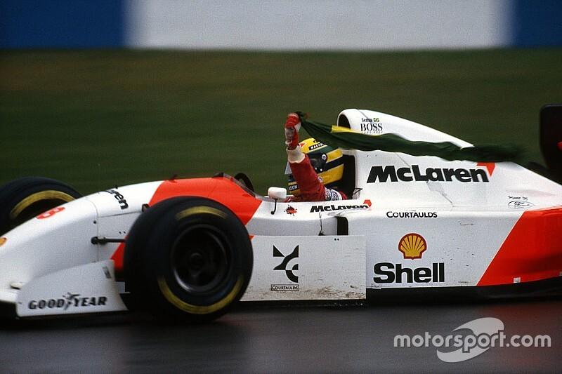 VÍDEO: No clima do GP do Brasil de F1, veja homenagem a Ayrton Senna