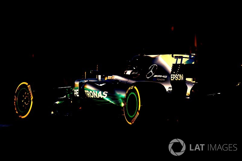 Video: Mercedes, yeni W09'un sesini yayınladı