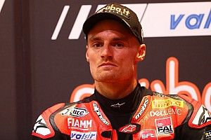 Test Jerez SBK: Davies portato al Centro Medico dopo un brutto incidente