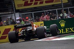 Alonso és Hamilton nagy csatája: ebből lehetett volna sokkal több (videó)