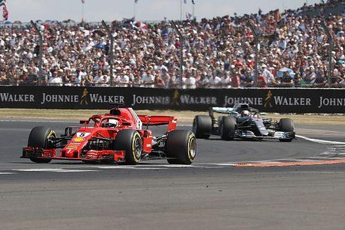 """Vettel: acusação de batida proposital é """"boba"""""""