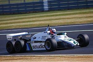 GALERÍA: los F1 retro en la pista de Silverstone