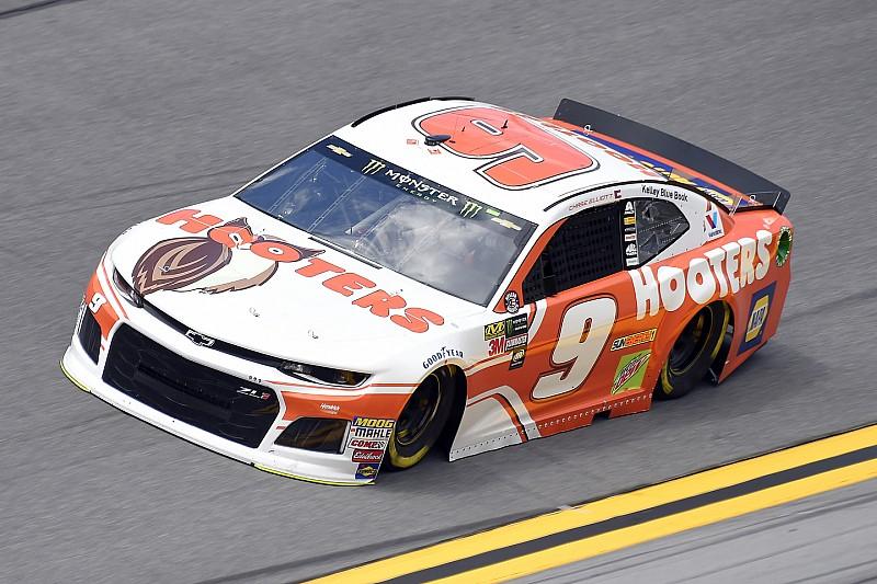 Elliott toma la pole para Daytona y Suárez en 32