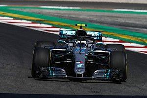 西班牙大奖赛:博塔斯领跑圈速榜,里卡多撞墙