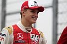 Formel-3-EM Formel-3-EM in Pau: Schumacher im Training an der Spitze