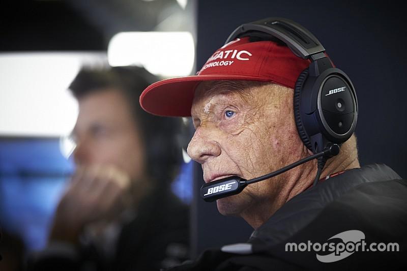 Почему Лауда пропустил последние Гран При? Он подхватил грипп