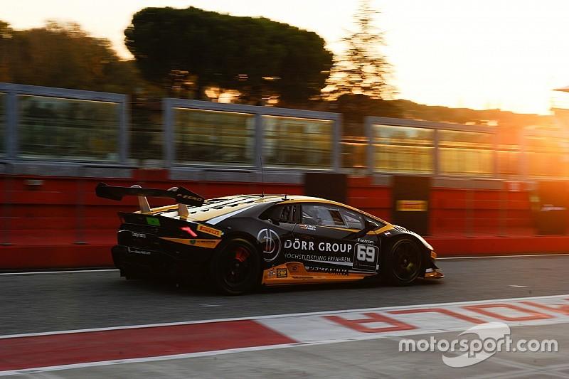 Lamborghini World Final: Wlazik/Scholze win chaotic Am/Cup race